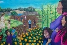 Panel 4 – Garden and Children / El Jardín y Los Niños